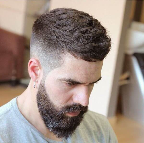 Men's Mid Fade Hairstyle 2019