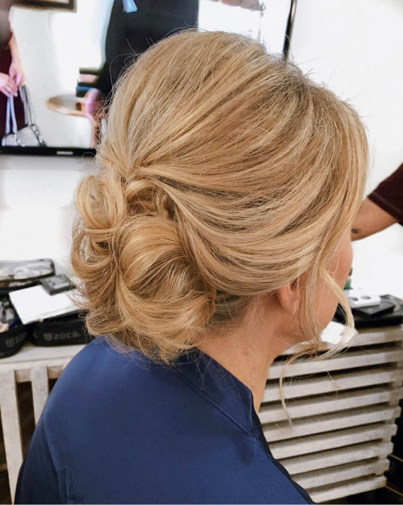 honey blond wedding hairstyle