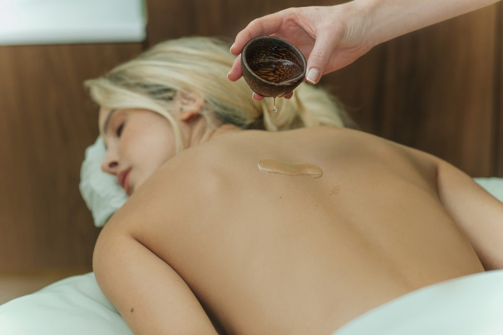 hot-oil-massage-west-palm-beach