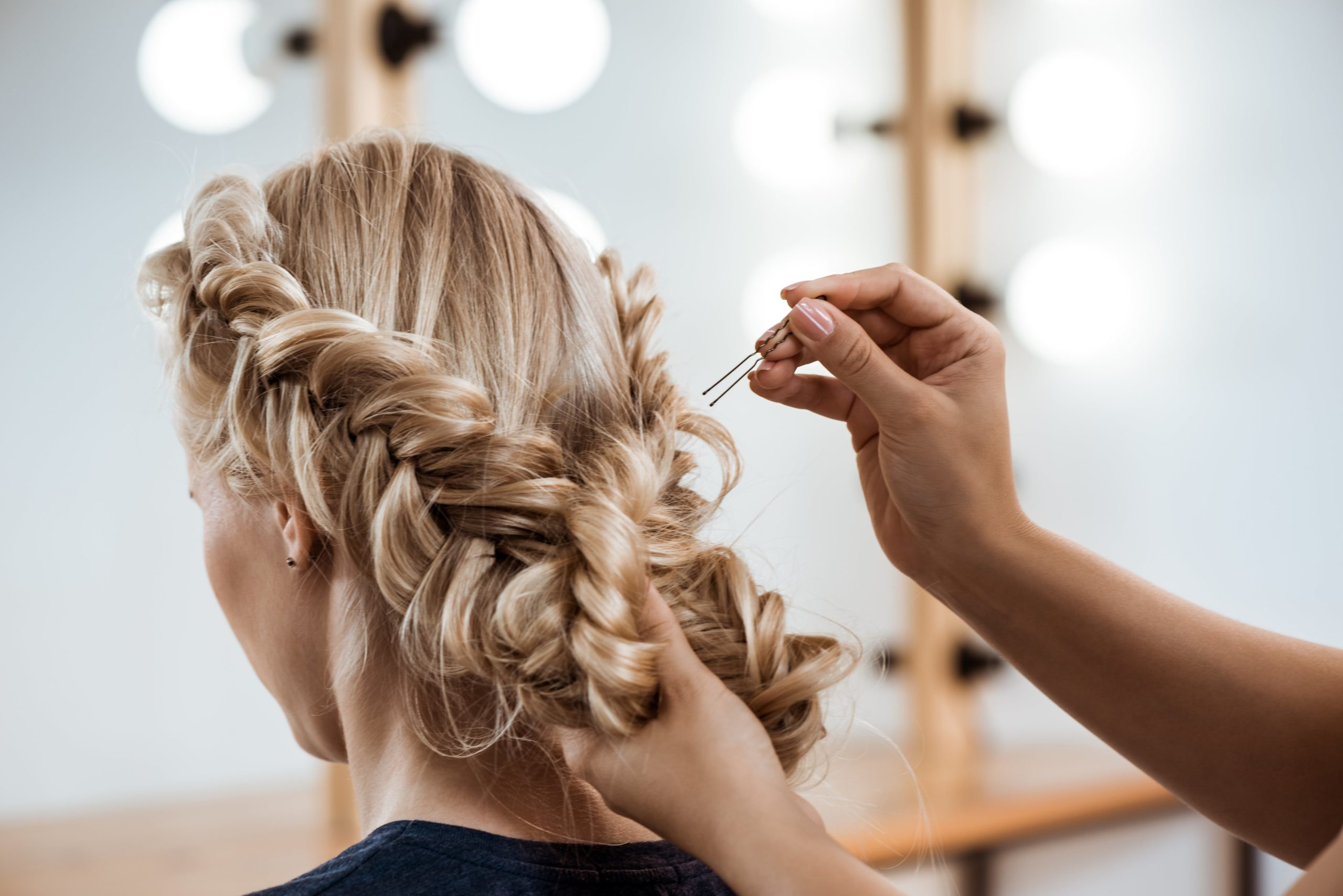6 Editor-Approved Holiday Hairstyles
