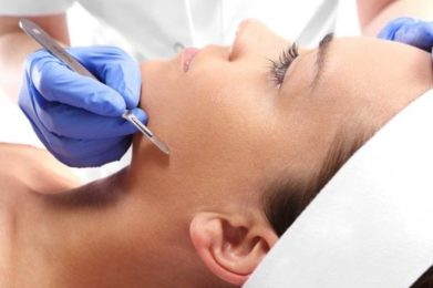 Taking A Scalpel To Your Face - How Does Dermaplaning Work?