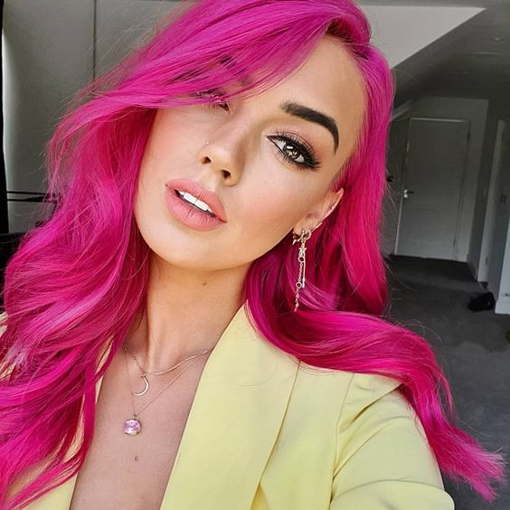 5 Gorgeous Ways To Wear Pink Hair Right Now