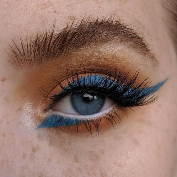 3 Ways To Actually Wear Blue Eye Shadow