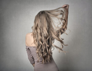 Hand-Tied Extensions Vs Tape-In Extensions